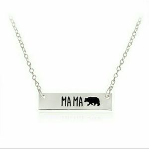 Jewelry - NWT Adorable Mama Bear necklace